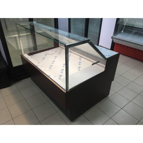 Холодильна вітрина ВХС-1,5 Ілеть CUBE
