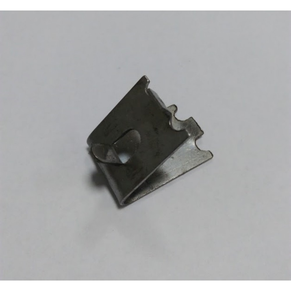 Кронштейн кріплення полки холодильника - металевий